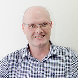 Dr. Graeme McCrory